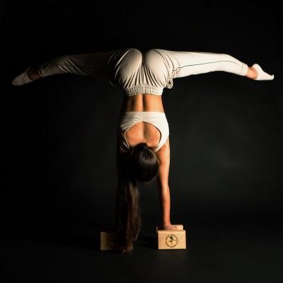Handstand Multiblocks