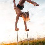 Equilibrium is also magic 💫#acrobatics #gymnastics #equilibrio #handstand #handbalance #contortion #contortionists #handstandcanes #pointedtoes #circusprops #circus