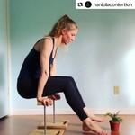 Puzzle Canes under charming @naniolacontortion 😍#handstand #acrobatics #acroyoga #acro #gymnastics #gymnastic #contortion #contortionist #pointedtoes #equilibrio #acrobats